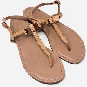 VINCE CAMUTO Malinda Melinda Thing Sandals - 7.5